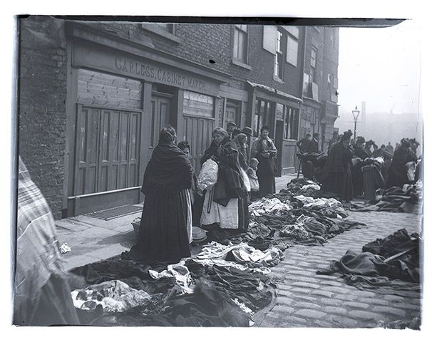 Victorian Newcastle brought to life in photographic treasure trove   Newly discovered collection of photographic plates shows meat markets, rag sellers and street scenes from 1880s