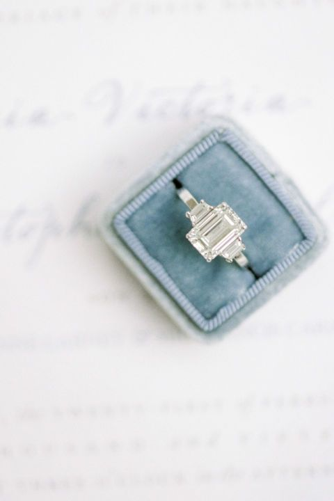 With cut corners and a rectangular shape, the emerald cut is known as a step cut because of its resemblance to stair steps.