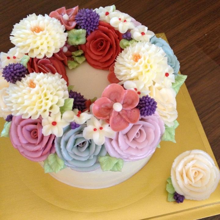 Butter cream flower cake Cakes Pinterest