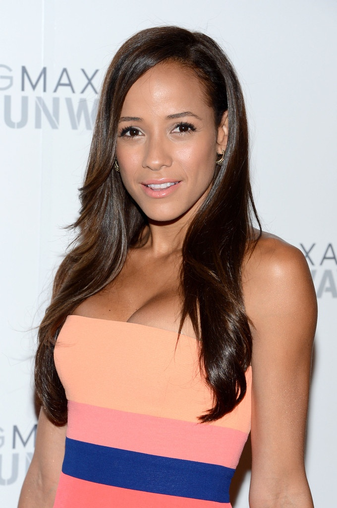 Dania Ramirez Side Parted Long Straight Hair - RPGSHOW