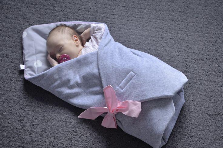 niemowlę-rożek-róż-kropy