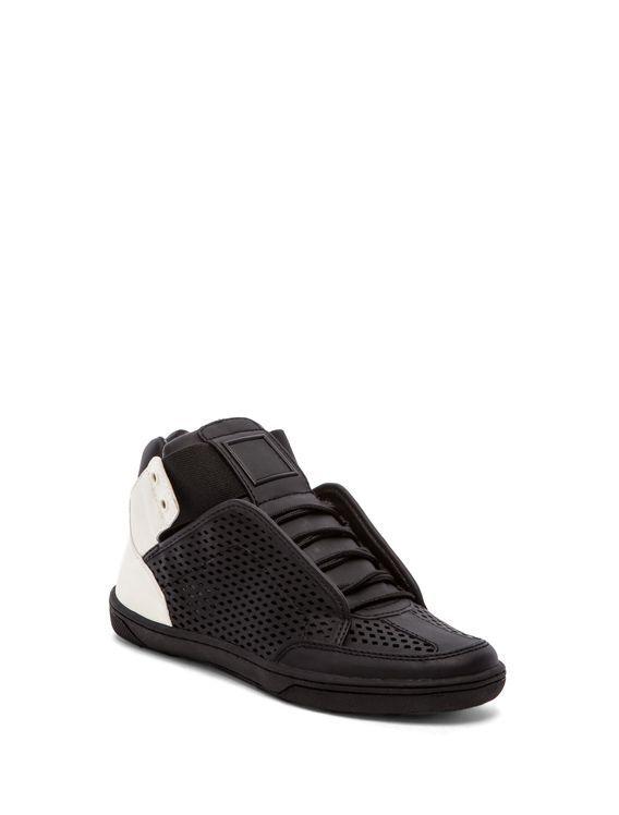 Revolve Mobile Gunesblog Com Stil Sneakers N Stuff Sneakers Me Too Shoes