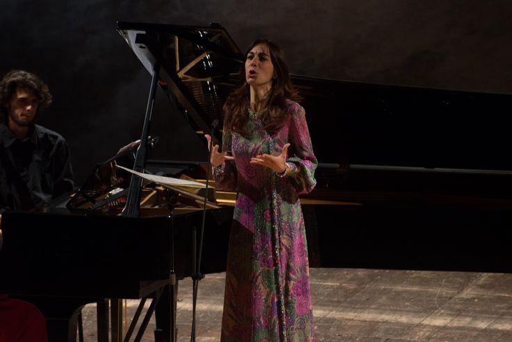 14 Novembre 2014: Chiara Opalio | pianoforte Silvia Regazzo | mezzo soprano http://bit.ly/1vXyBiH Foto di Giandonato Tartarelli — presso Teatro Verdi.