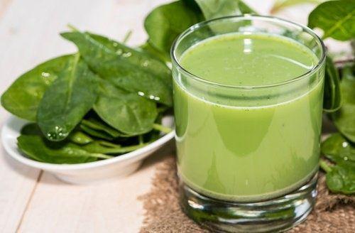 Les 4 meilleurs smoothies verts pour réduire l'hypertension et faire un nettoyage rénal complet