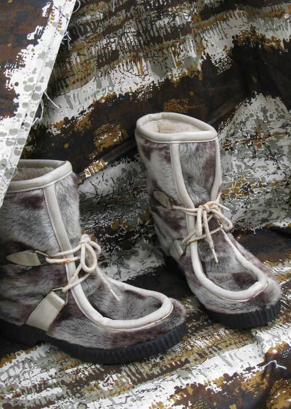 1960s Apres Seal Spotted Fur Mukluk Eskimo Boots by Dunhams Eskipadas Womens Size 6