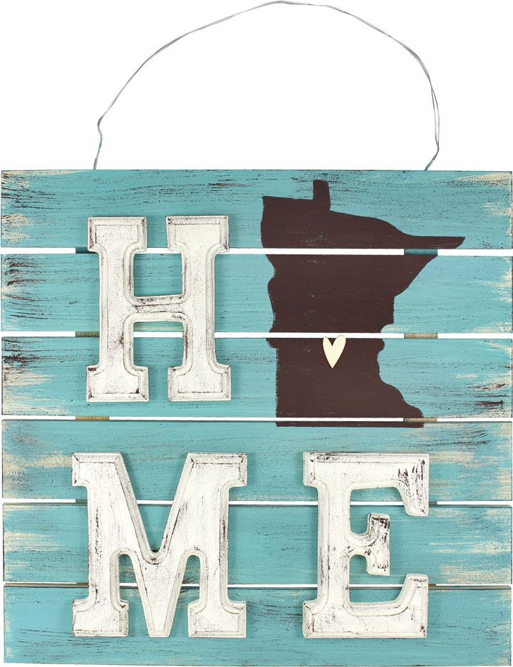 Home Pallet Sign - Click through for project instructions.