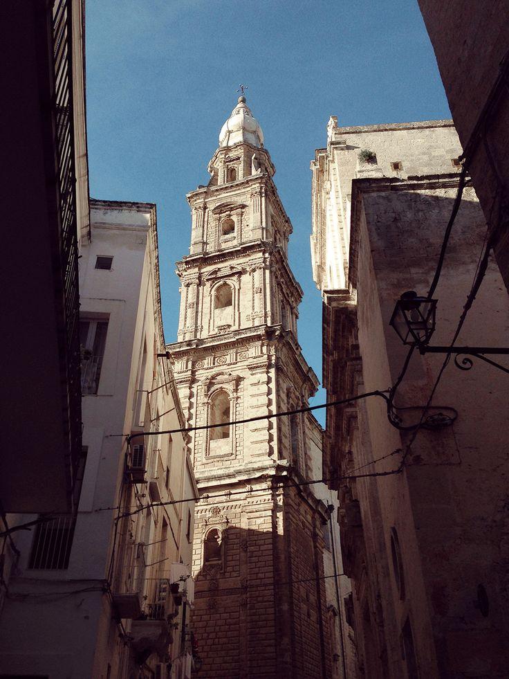 Il campanile, Basilica Cattedrale Maria Santissima della Madia im Centro Storico von Monopoli, Apulien, Süditalien. / / / / / casapolpo.com (Ferienwohnung) CASA POLPO appartamento #italien #apulien #monopoli #puglia #italia #urlaub #ferienwohnung #casapolpo #travel #italy  http://www.casapolpo.com