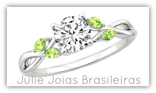 Aliança de noivado em ouro branco 750/18k, diamante e peridoto (750/18k white gold engagement ring with diamond and peridot)