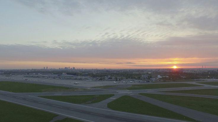 Sunrise at Chopin Airport. Pic. Łukasz Widziszowski