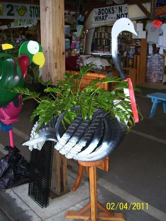 recycle tires 047 by Victor's Table and recyced tires
