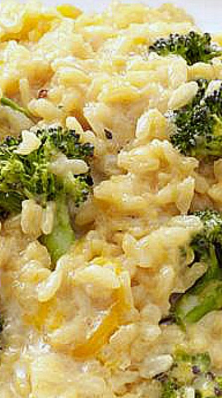 Broccoli Cheddar Oven Risotto - No constant standing over this dish! You only stir it once mid-way through cooking. ❊