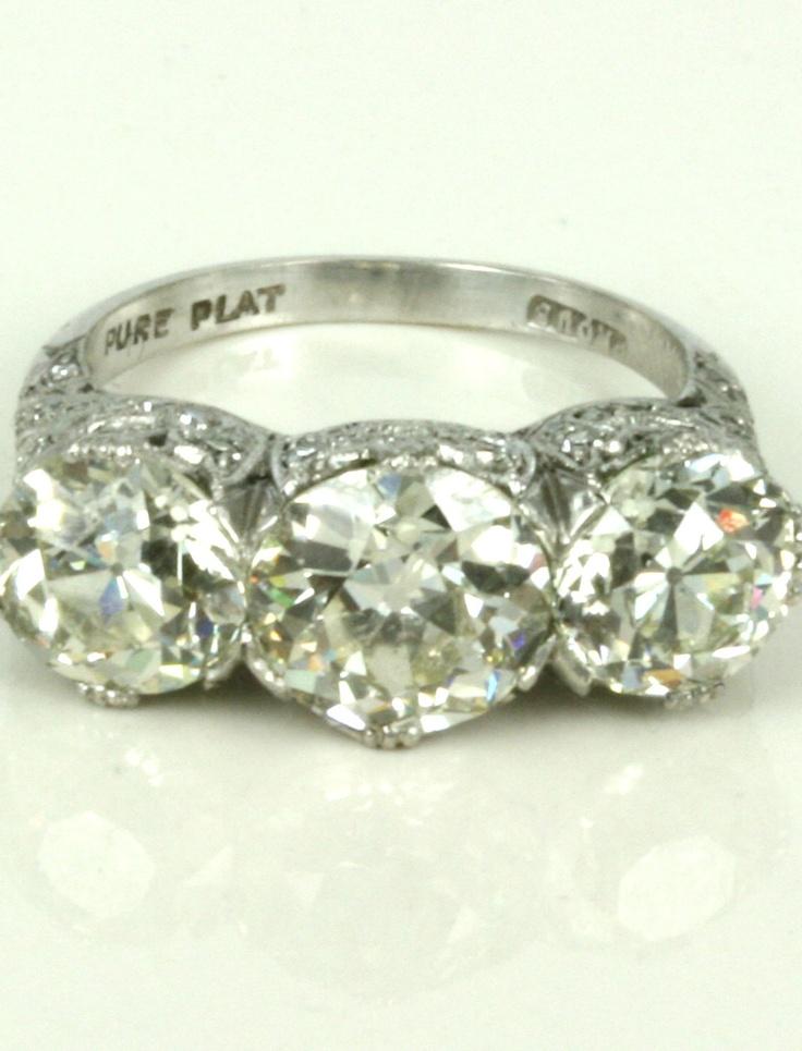 Diamond Ring, Kalmar Antiques  Shop 45, Level 1, QVB