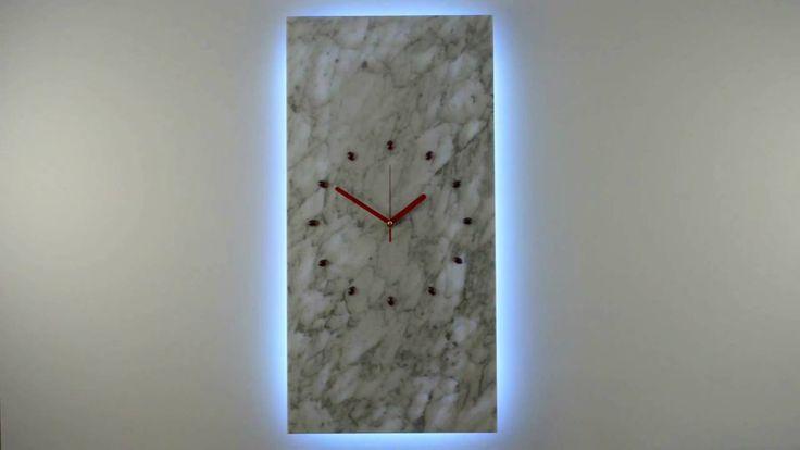 Zegar Kinkiet z marmuru LED RGB sterowany PILOTEM