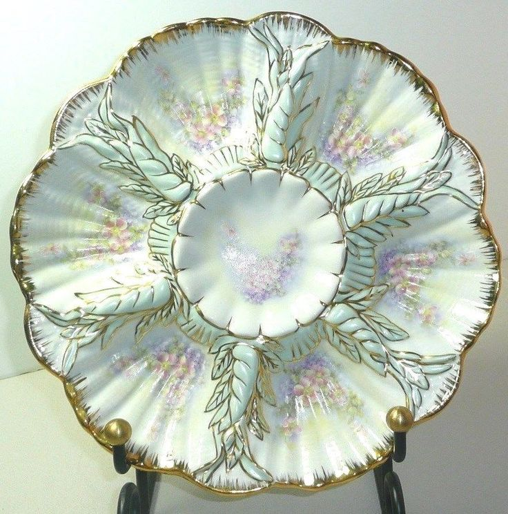 Beautiful Floral Porcelain Oyster Plate~18K Gold Detail~Bottom Marked u0027Limogesu0027 & 540 best Oyster plates images on Pinterest | Oysters Porcelain and ...