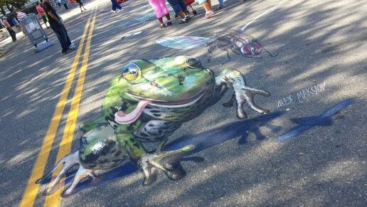 31 best 3d chalk images on pinterest art 3d street art for Austin frog mural