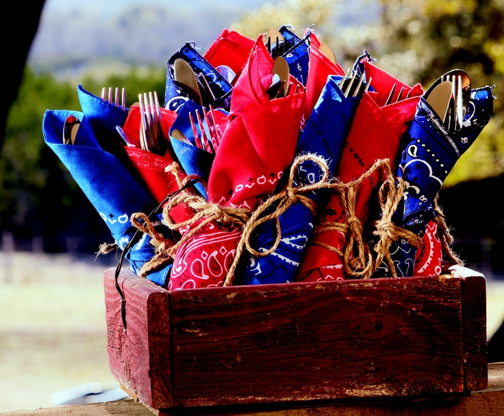 Texas-themed silverware ideas – handkerchiefs & twine. Easy and festive!