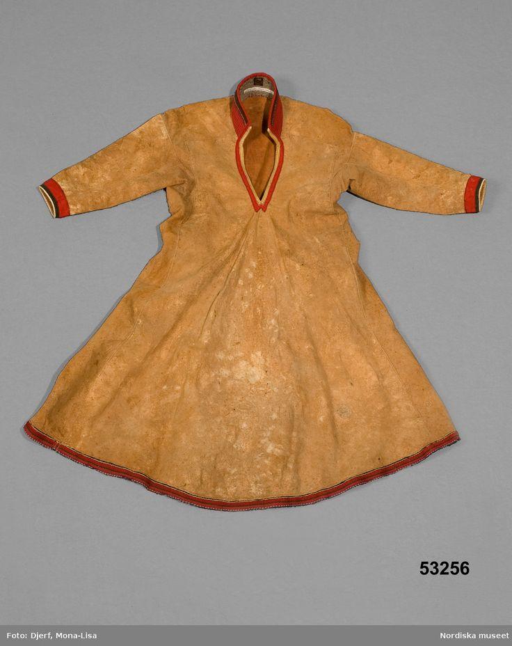 Sválltjá för kvinna, Jokkmokks lappmark inkom 1886 Saami woman suede kirtle submitted in 1886