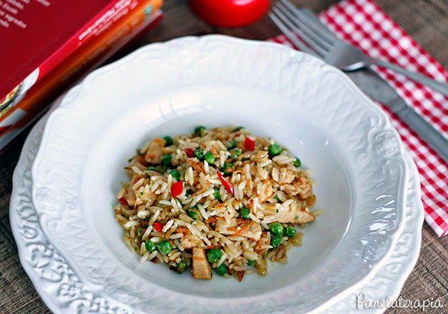 PANELATERAPIA - Blog de Culinária, Gastronomia e Receitas: Arroz com Frango, Ervilha, Cenoura e Pimenta