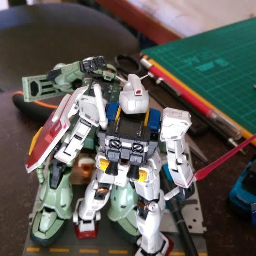 """Jin Wu.  was kinda going for that """"First Gundam"""" nostalgic look that you'd see from old gundam illustration magazines that featured scratch build and resin kit dioramas."""