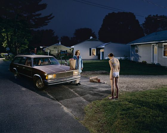 Photography. Gregory Crewdson. (Photography, Cinematography, Lighting)