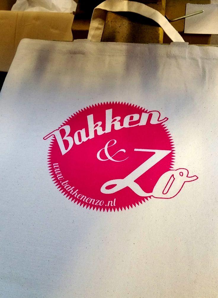 Katoenentasje zeefdrukken met logo BakkenenZo