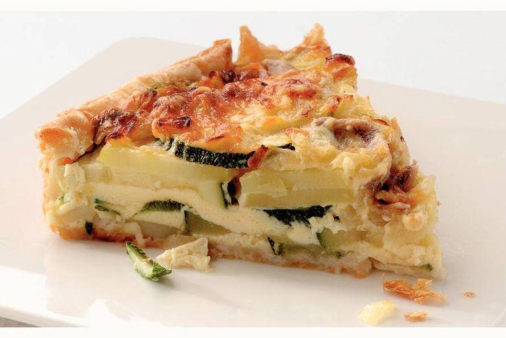 Aardappel-courgettetaart met ansjovis - Recept - Allerhande