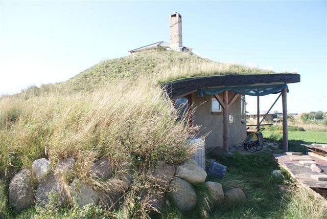 56 best images about alternative building methods on pinterest for Alternative home building methods