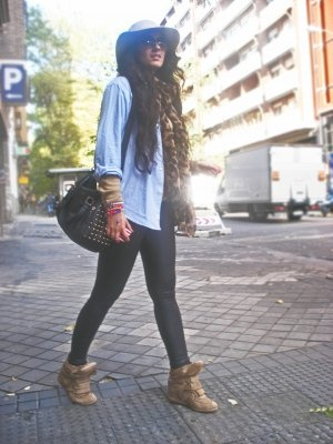 Enlamodaelbolsillonoincomoda Outfit Invierno 2012. Combinar Leggings Negros Stradivarius Bolso ...