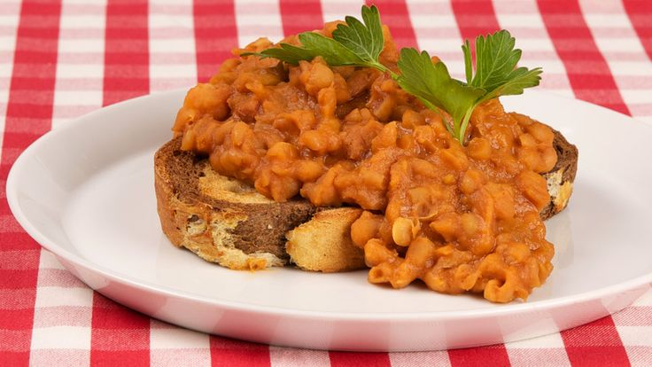 Slow Cooker Classic Boston-Style Baked Beans - Recipes - Best Recipes Ever - Navy beans are not only delicious and creamy but are also a good source of folate and protein.