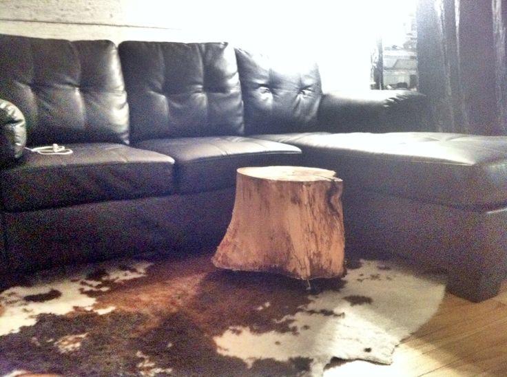DIY: Table d'appoint en tronc d'arbre sur roulettes