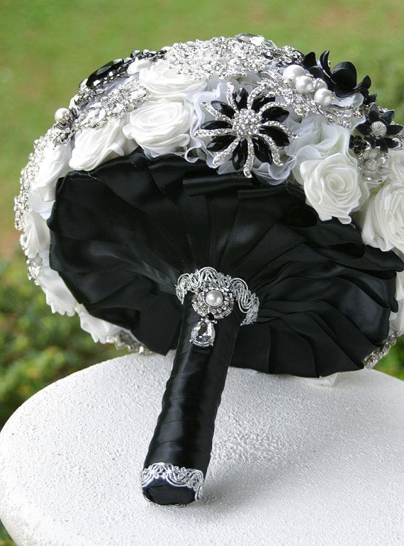 Black and White Wedding Brooch Bouquet. Beautiful!