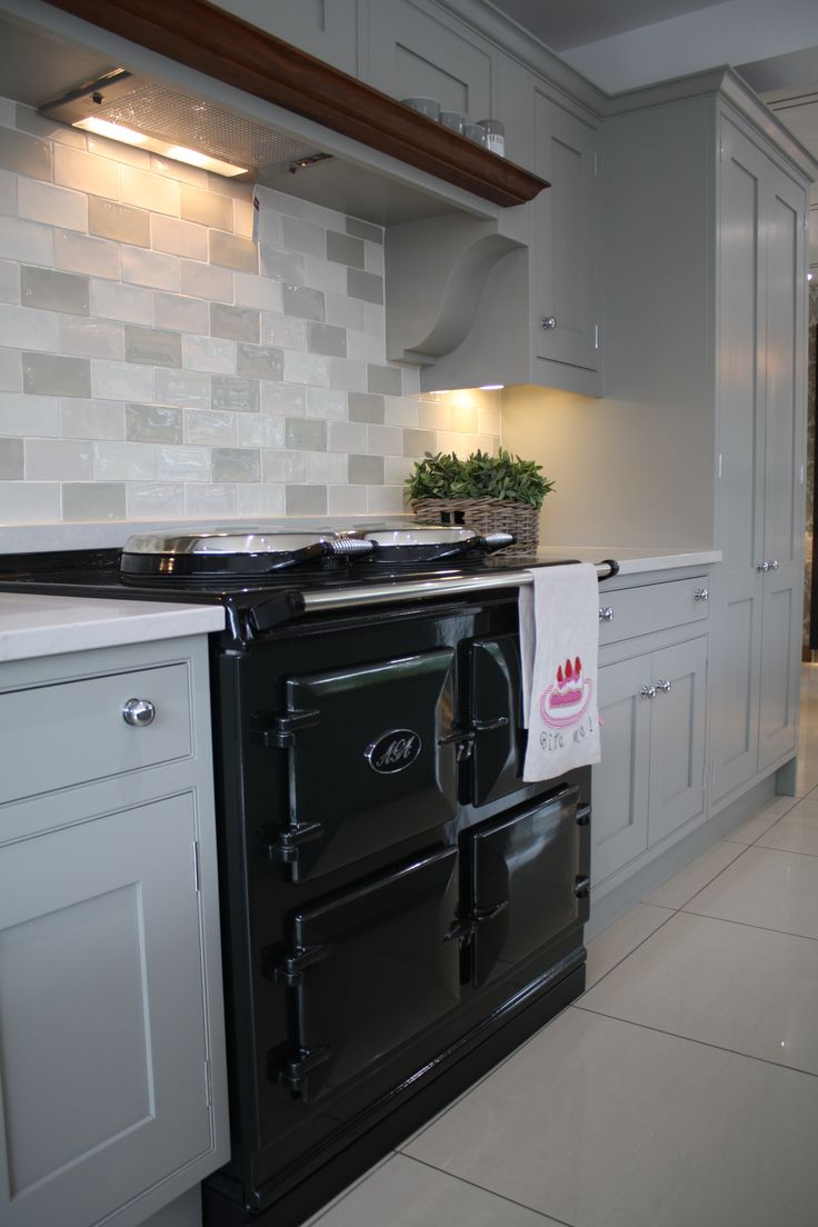 101 best nolte images on pinterest kitchens kitchen ideas and the heart of a truly gorgeous country kitchen solutioingenieria Image collections