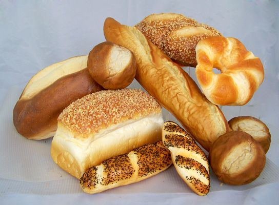 17 best fake breads artificial breads fake bread loaf for Artificial bread decoration