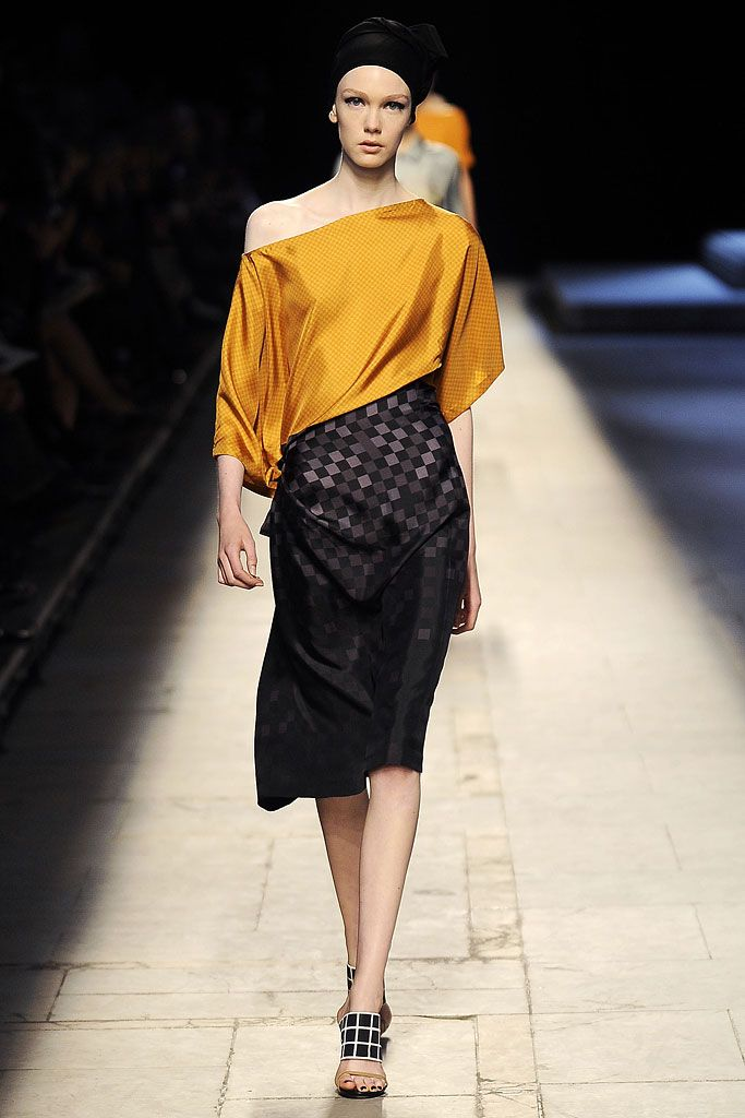 Dries Van Noten Spring 2009 Ready-to-Wear - Collection - Gallery - Style.com