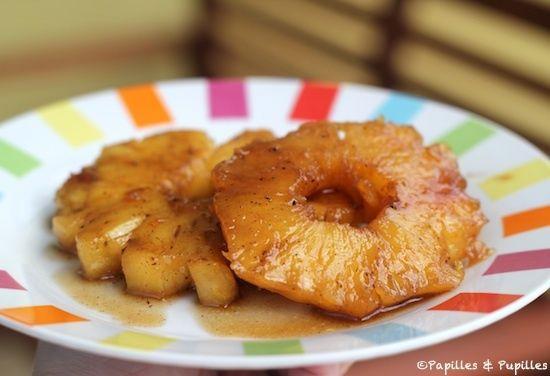 Recette d'ananas : Ananas rôti à la vanille, réalisé avec ajout d'un crumble au four... Gingembre à ajouter également!