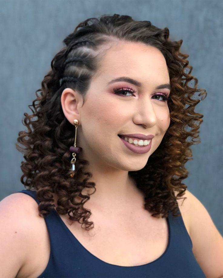 Penteado cabelo solto: 120 ideias + tutoriais para deixar o coque de lado | Penteados, Penteado cabelo solto, Acessórios para cabelo cacheado