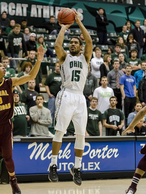 Ohio Bobcats Guard Nick Kellogg