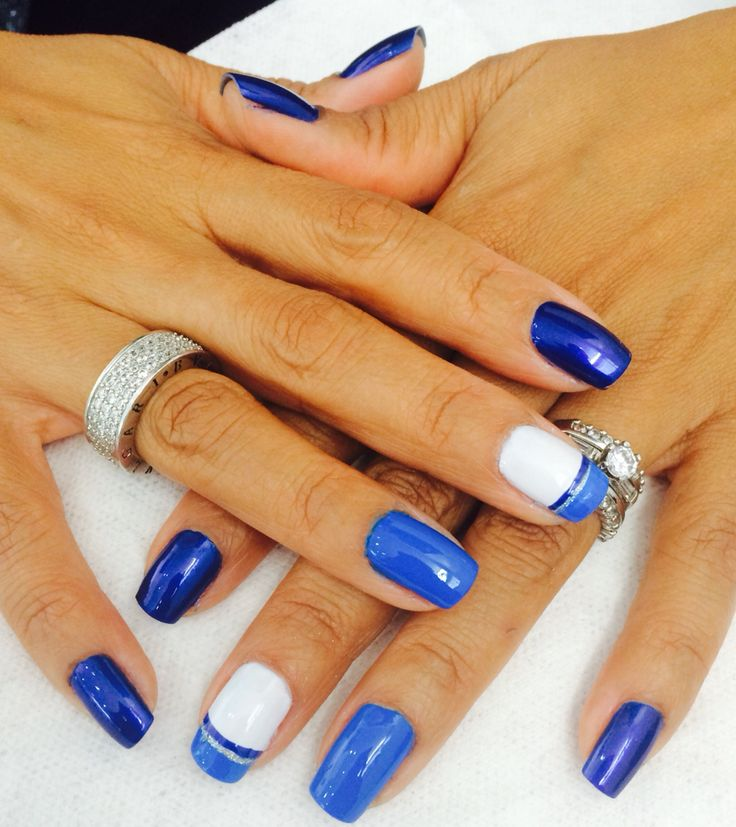 Nails blue!!