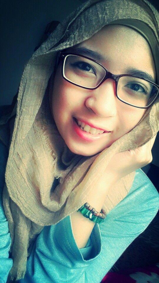 Dwina hijab