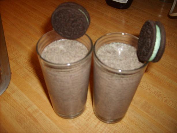 Oreo milkshake recipe, for the new glasses. :)  I think I'll leave the oreos chunkier.