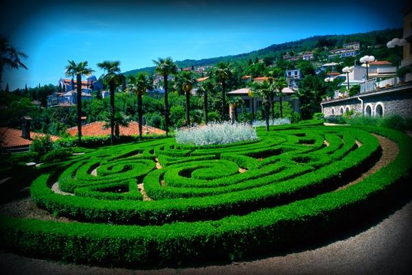 Opatija Labyrinth