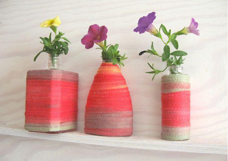Mini-Vasen aus leere Parfümfläschchen