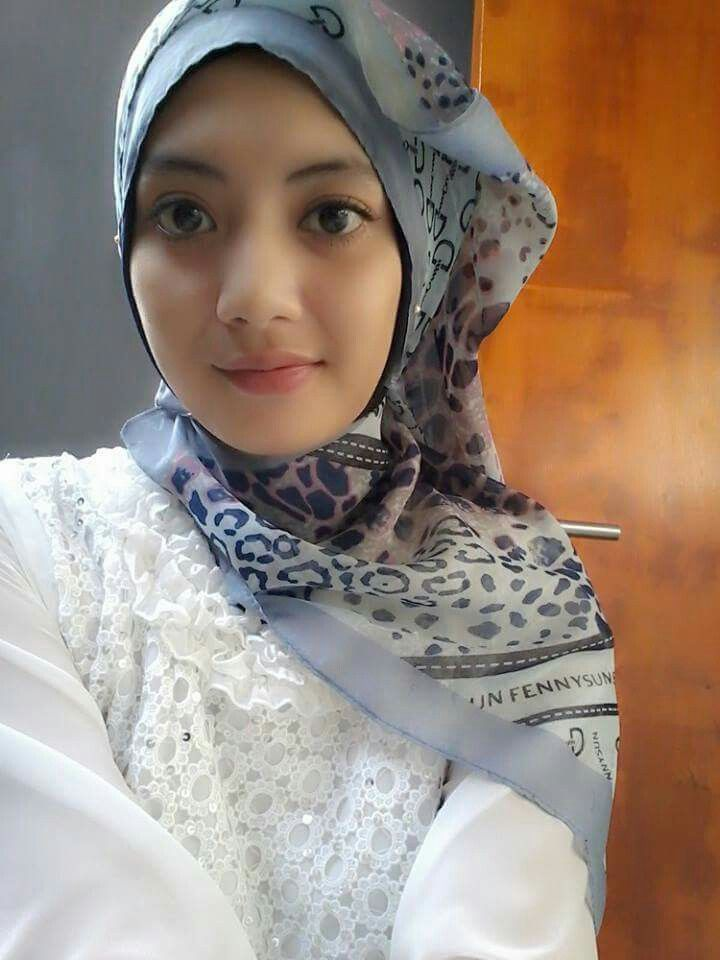 Astri with hijab