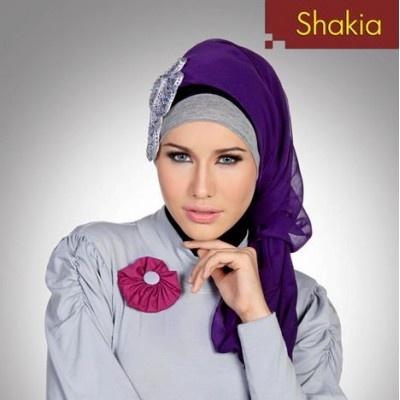 Busana Muslim Shakia - Fashion Hijab Street Style