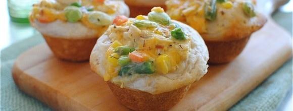 2012-03-07-chicken-pot-pie-cupcakes-7-580