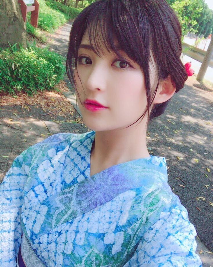 "5,292 Likes, 91 Comments - 鈴木咲 (@sakisuzuki1103) on Instagram: ""似たような浴衣ばっかってツッコミは無しでお願いします  #鈴木咲 #suzukisaki #着物 #着物生活 #着物コーディネート  #和服  #kimono #model #follow…"""