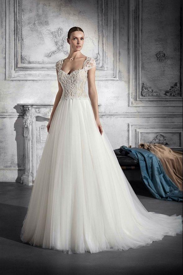 f312776a4aac Νυφικά Φορέματα Demetrios Collection - Style 790