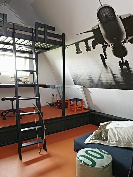 Kids room with airplane wallpaper #boys #room