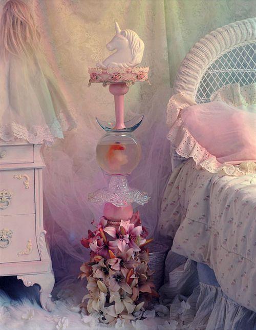 19 best images about elle 39 s unicorn bedroom ideas on pinterest for Unicorn bedroom decor
