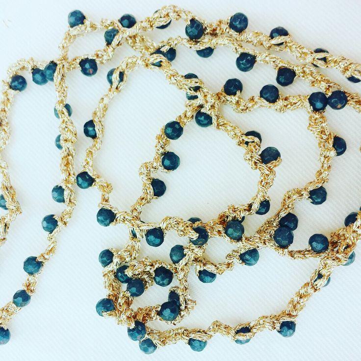 Crochet necklace - Agate blue
